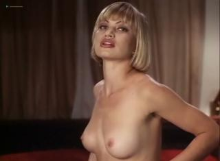 Massey nackt Athena  Rena Riffel