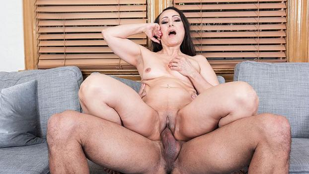 pornmegaload-17-09-21-talia-williams-talia-gets-ass-fucked-by-her-personal-train.jpg