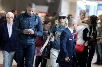 Jennifer Lawrence at Charles de Gaulle Airport 3