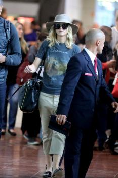 Jennifer Lawrence at Charles de Gaulle Airport 4