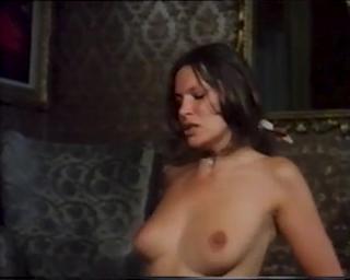 Barbara Scott  nackt
