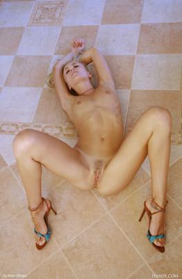 Liza K. - Take Me  b6rtubd7zb.jpg