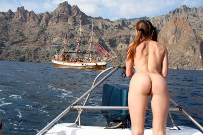 Jana A. - Boat trip to Karadag  16rttrrcya.jpg