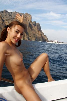 Jana A. - Boat trip to Karadag  d6rttubqa2.jpg