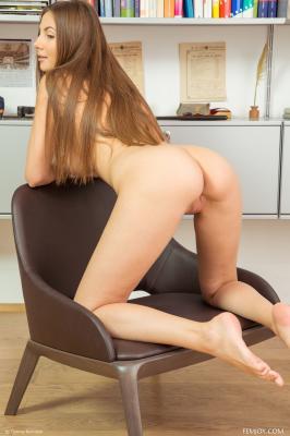 Josephine - I Love To Be Naked  z6rttpr0gu.jpg