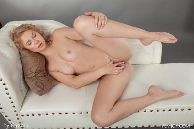 Alisha - Hairy