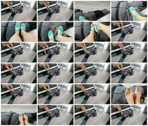 spring-footjob-by-strict-wife-mia-strict-wife-mia_scrlist.jpg